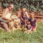 Paolo, Massimiliano, Davide, zio Raffaele e cugini - 1979